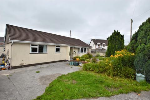 3 bedroom detached bungalow for sale - Talley Road, Llandeilo