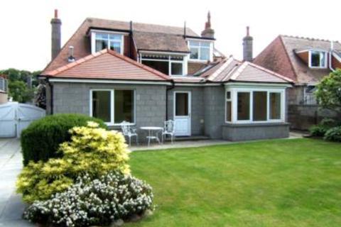 4 bedroom detached house to rent - 18 Woodburn Avenue, Hazlehead, Aberdeen  AB15 8JQ