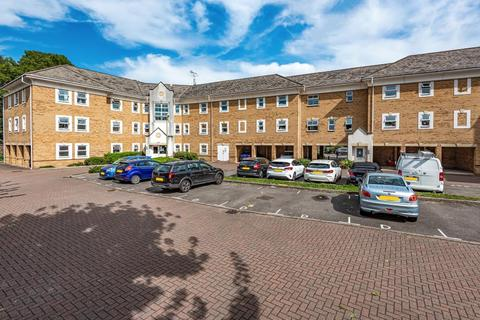 2 bedroom flat for sale - Sunbury-On-Thames,  Middlesex,  TW16