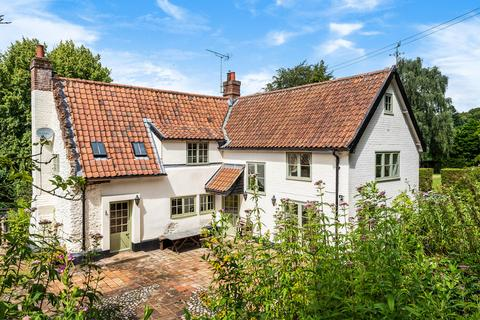 4 bedroom cottage for sale - The Street, Old Costessey, Norwich, NR8