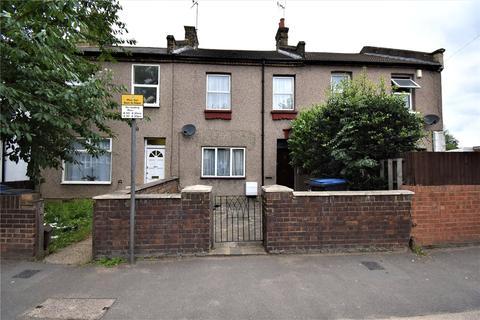 4 bedroom terraced house to rent - Baker Street, Enfield, EN1