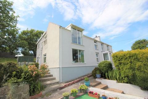6 bedroom detached house for sale - Tyn-Y-Gongl, Benllech