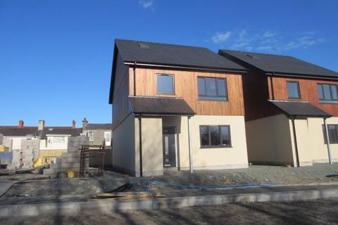 3 bedroom detached house for sale - NEW - Old Station Road, AMLWCH