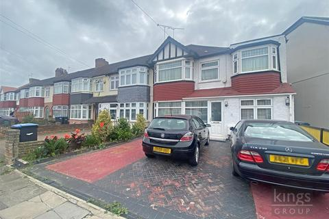 5 bedroom end of terrace house for sale - Harlow Road, London