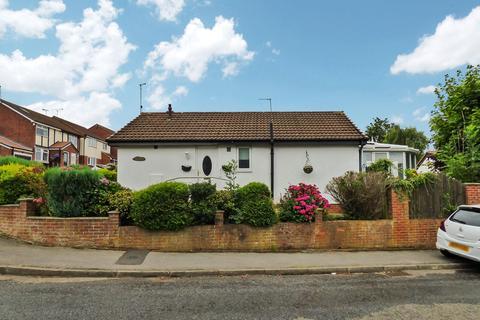 2 bedroom bungalow for sale - Celandine Way, Windy Nook, Gateshead, Tyne & Wear, NE10 8QP