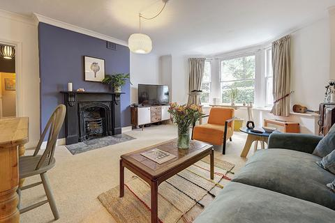 2 bedroom ground floor flat for sale - Amhurst Park, Stoke Newington, London N16