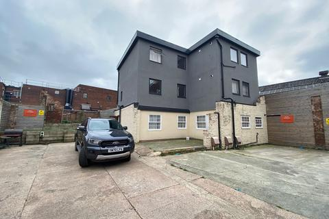 2 bedroom flat to rent - Tower Street, Dudley, DY1 1ND