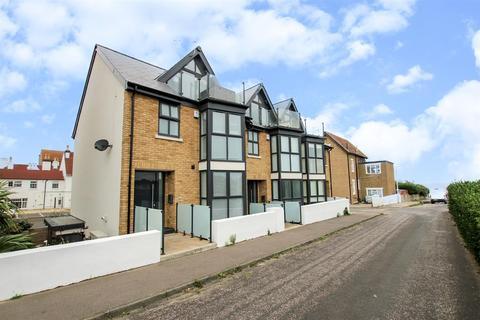 4 bedroom semi-detached house for sale - Sandy Villas, Westgate-On-Sea