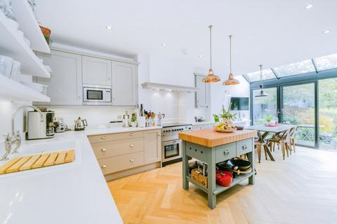 3 bedroom apartment to rent - Eliot Park, Blackheath, SE13