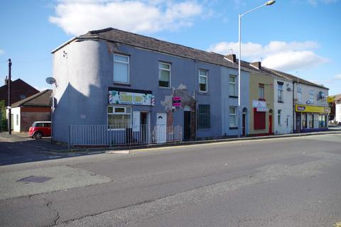 Mixed use for sale - Cross Lane, Manchester