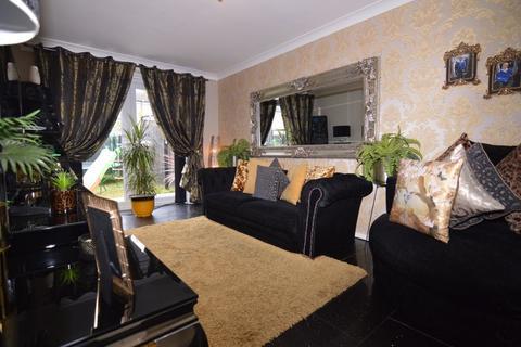 2 bedroom terraced house for sale - Victor Street, Hull, HU9