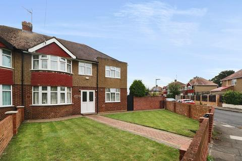 6 bedroom semi-detached house for sale - Oaks Road, Stanwell Village