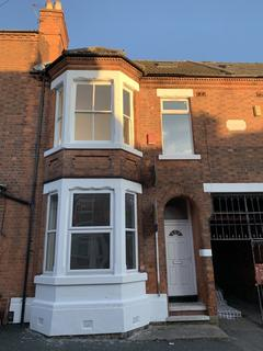 1 bedroom in a house share to rent - Cedar Road, Forest Fields, Nottingham NG7