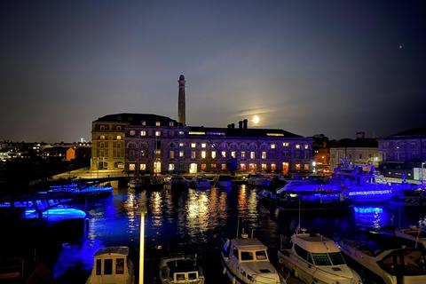 2 bedroom apartment for sale - Royal William Yard, Plymouth, Devon, PL1