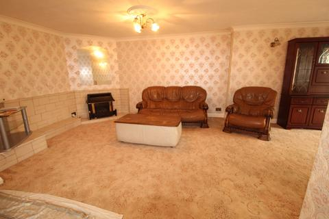 2 bedroom bungalow to rent - Ashford, TW15