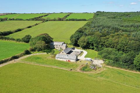6 bedroom house for sale - Higher Tregawne Farmhouse, Cornwall Collection