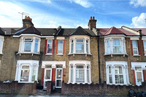 3 bedroom terraced house for sale - Francis Avenue, Ilford, Essex IG1