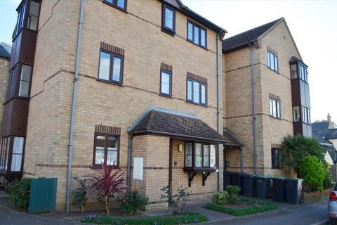 2 bedroom flat to rent - Trinity Close, Shortmead Street, Biggleswade, Bedfordshire, SG18