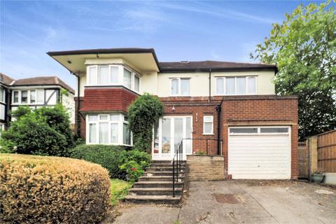 7 bedroom detached house for sale - Eversley Avenue, Wembley, HA9