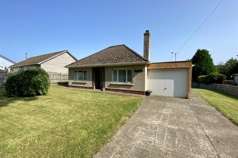 2 bedroom detached bungalow for sale - Ivydene, Wolfscastle, Haverfordwest