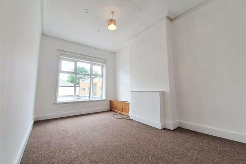 2 bedroom flat to rent - Bury New Road, Prestwich Village, Manchester