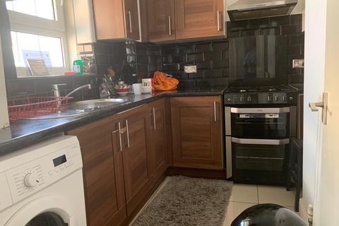 2 bedroom flat for sale - Aldgate East and Liverpool Street