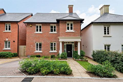 4 bedroom detached house for sale - Kings Drive, Winchester, Hampshire, SO22