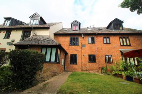 2 bedroom apartment to rent - Oxford Place, High Street, Earls Colne, Colchester