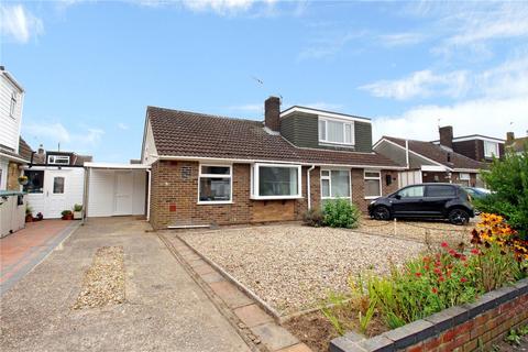 2 bedroom bungalow for sale - Meadow Close, Hellesdon, Norwich, Norfolk, NR6