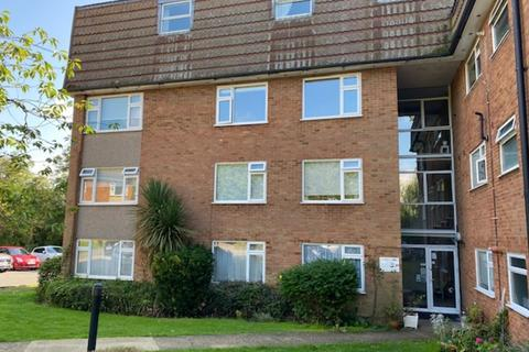 2 bedroom apartment for sale - Cuffley Village