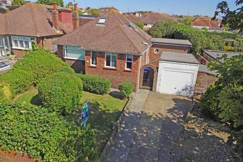 4 bedroom detached bungalow for sale - Hawkins Crescent, Shoreham-by-Sea