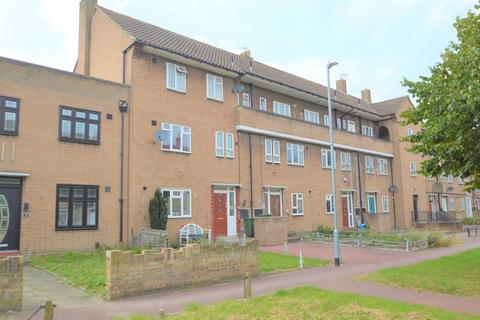 4 bedroom flat for sale - Sparrow Green, Dagenham