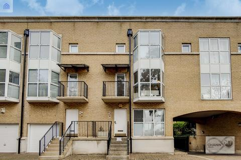 House share to rent - Queen Of Denmark Court, Surrey Quays