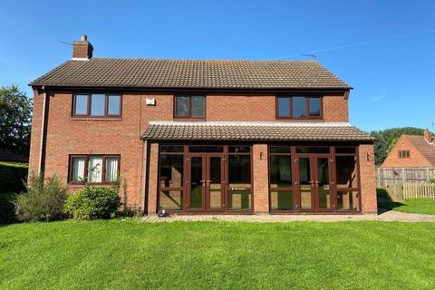 4 bedroom detached house to rent - Knedlington Rd, Howden