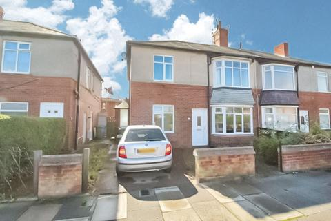 2 bedroom flat to rent - Princess Louise Road, Blyth