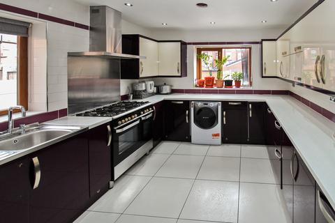 7 bedroom semi-detached house for sale - Ramsay Street, Rochdale
