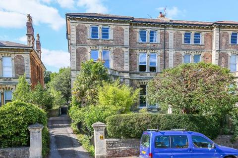 3 bedroom apartment for sale - Apsley Road, Clifton
