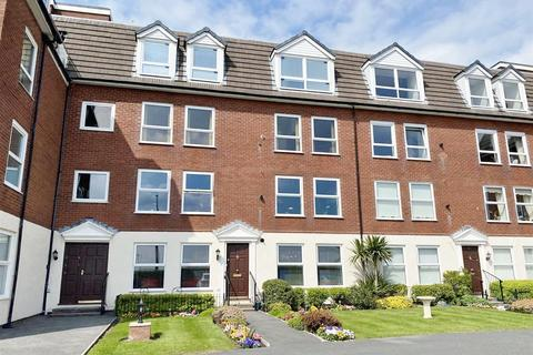 3 bedroom apartment for sale - Glengarry, East Beach, Lytham