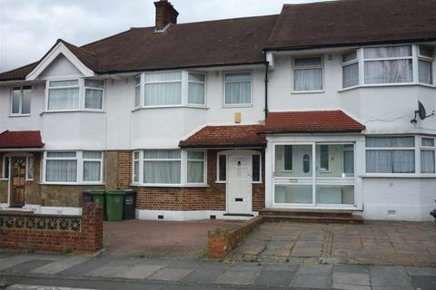 3 bedroom terraced house to rent - 19 Rayford AvenueLondon