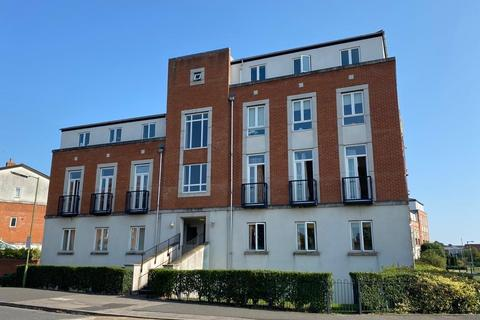 3 bedroom flat to rent - Dragon Road, Hatfield