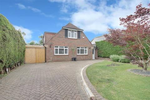 4 bedroom detached house for sale - Bodiam Avenue, Goring-By-Sea, Worthing