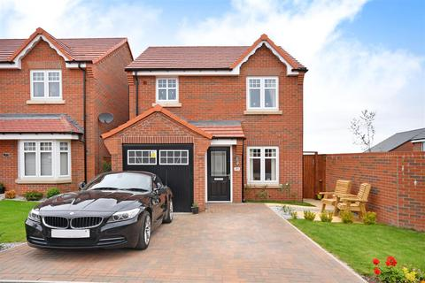 3 bedroom detached house for sale - Windwhistle Drive, Grassmoor, Chesterfield