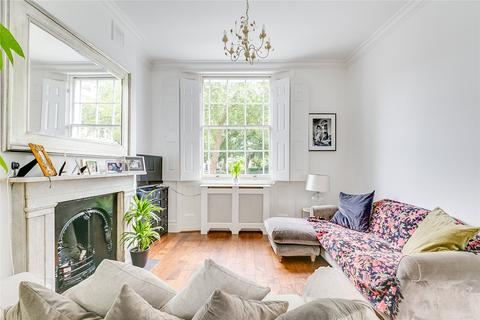 2 bedroom flat to rent - Percy Circus, London