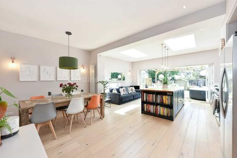 4 bedroom semi-detached house for sale - Lindfield Road, Ealing