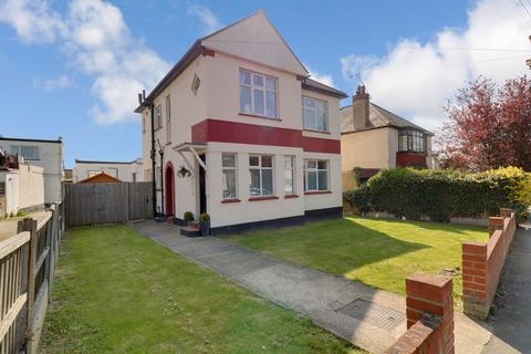 2 bedroom flat to rent - Crescent Road, Leigh-on-sea, SS9