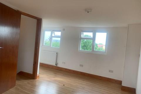 4 bedroom detached house to rent - Lordship Lane, London, N17
