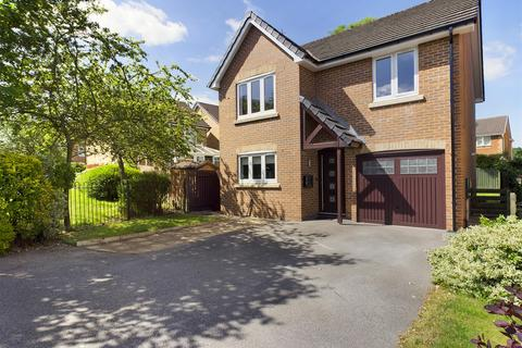 4 bedroom detached house for sale - Foxbrook Drive, Walton, Chesterfield, S40 3JR