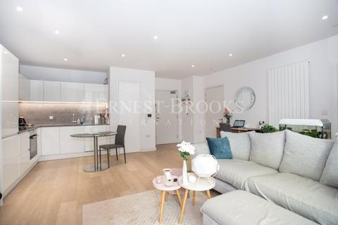 1 bedroom apartment for sale - Liner House, Royal Wharf, E16
