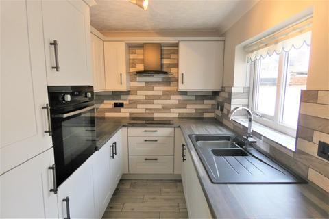 2 bedroom terraced house to rent - Mowbray Road, Stockton-On-Tees, TS20