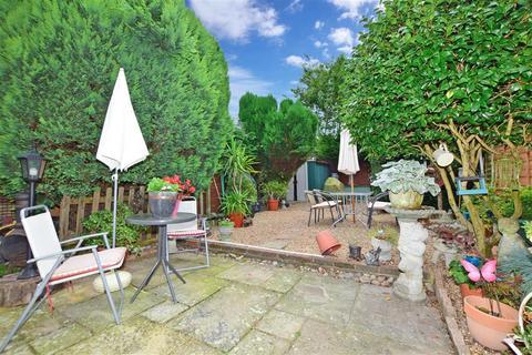 3 bedroom semi-detached house for sale - Whetsted Road, Five Oak Green, Tonbridge, Kent
